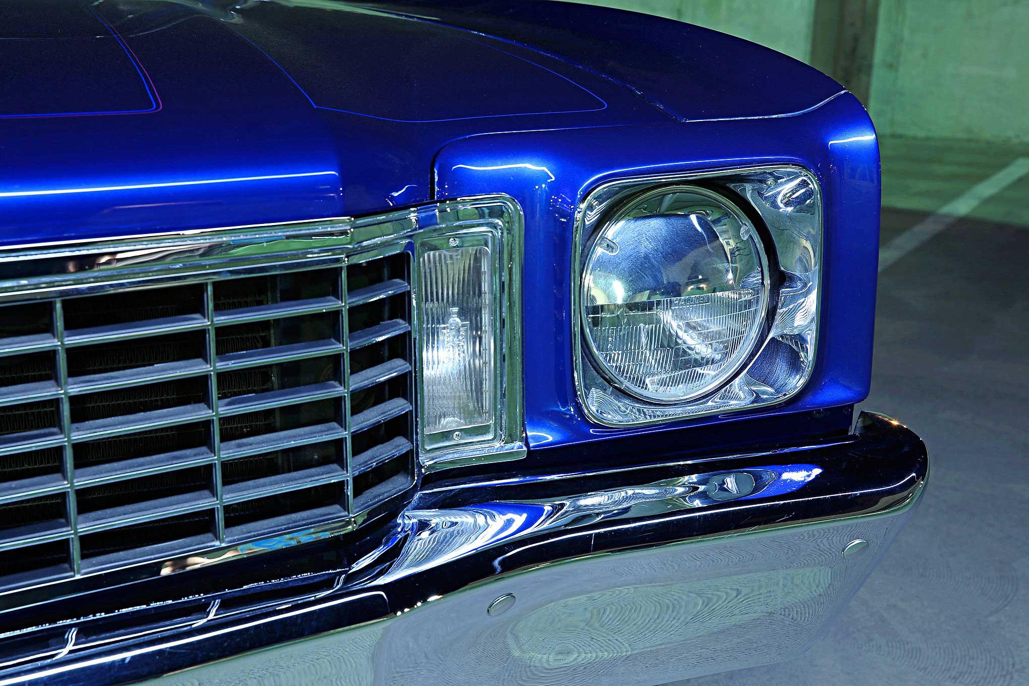 Chevrolet Monte Carlo Headlight Grill