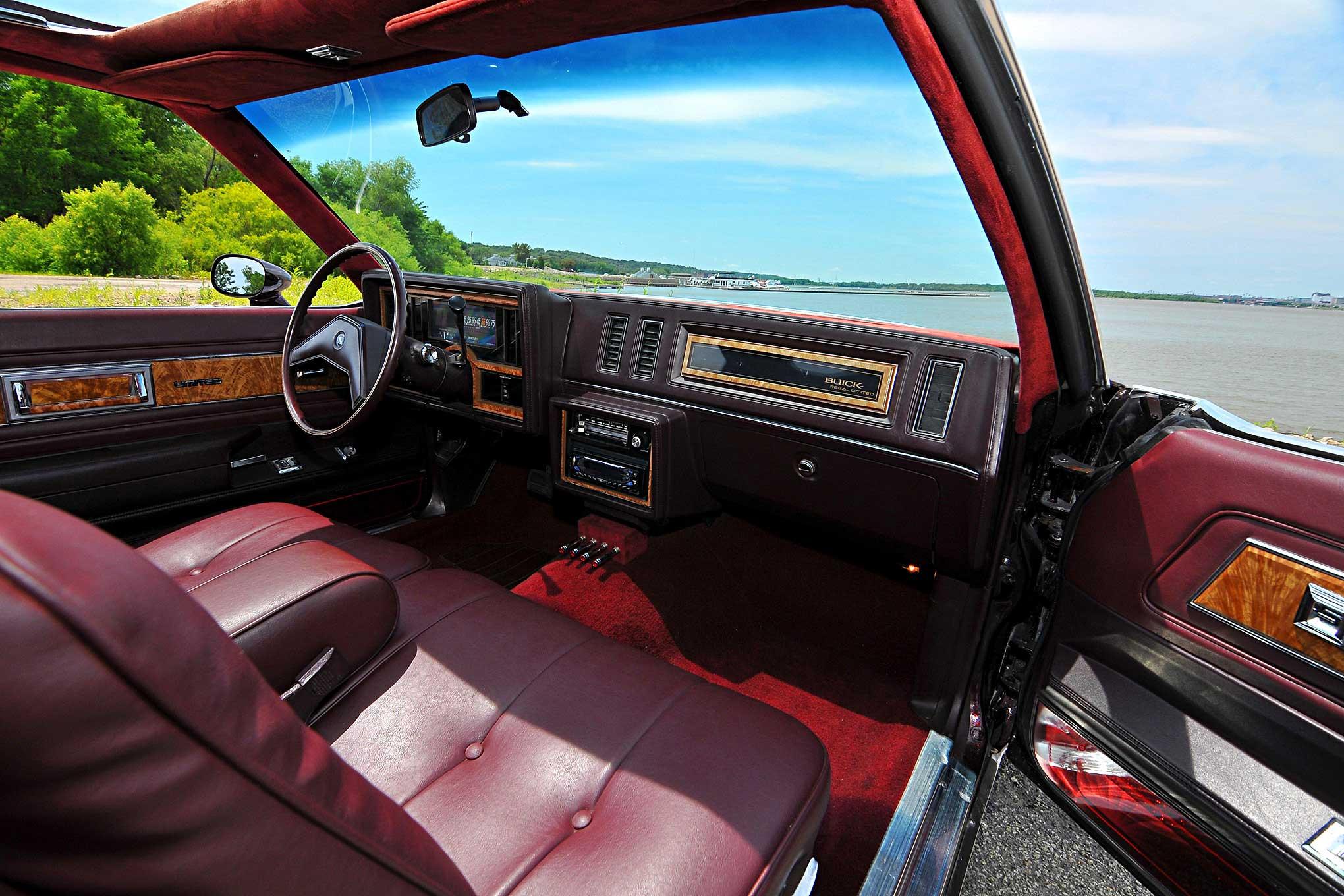 1985 Buick Regal Dash