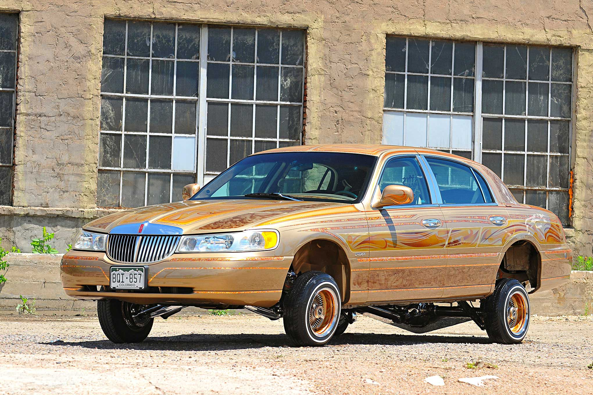 1998 Lincoln Town Car Lifes Golden Lowrider 1 29