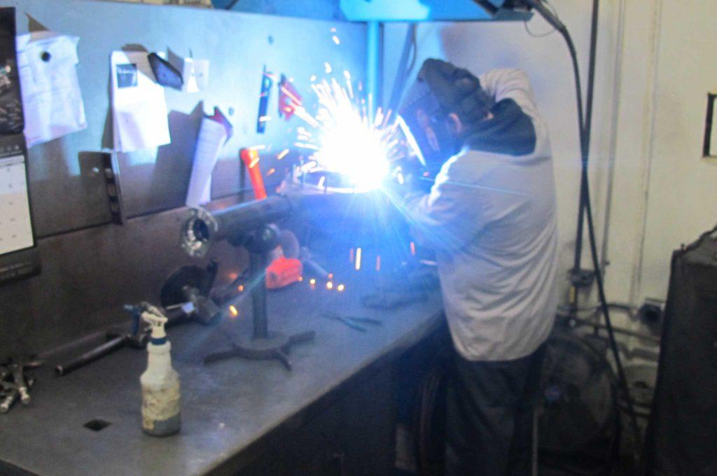 curries legendary rearends axle tube housing center welding