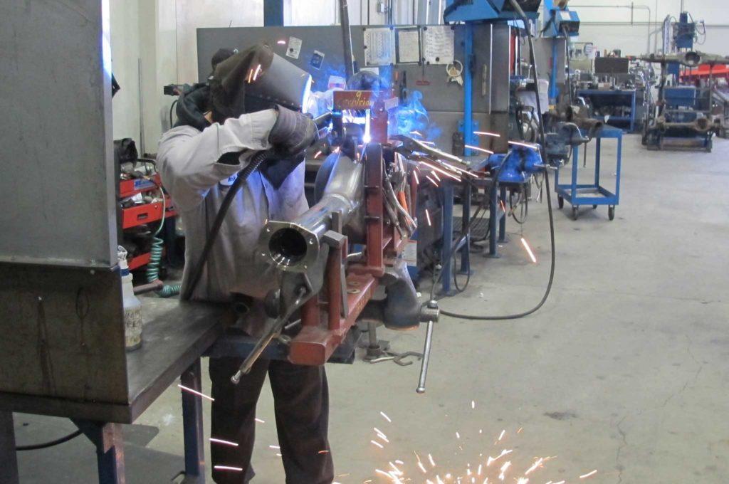 curries legendary rearends upper arm mount welding