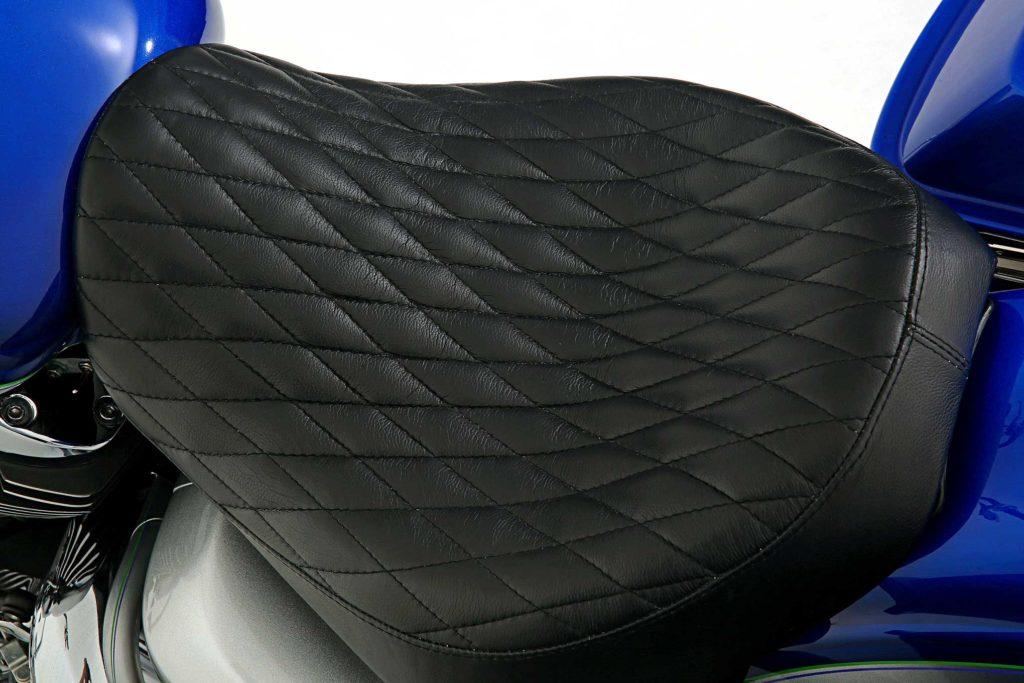 2007 yamaha roadstar diamond stitch black leather seat