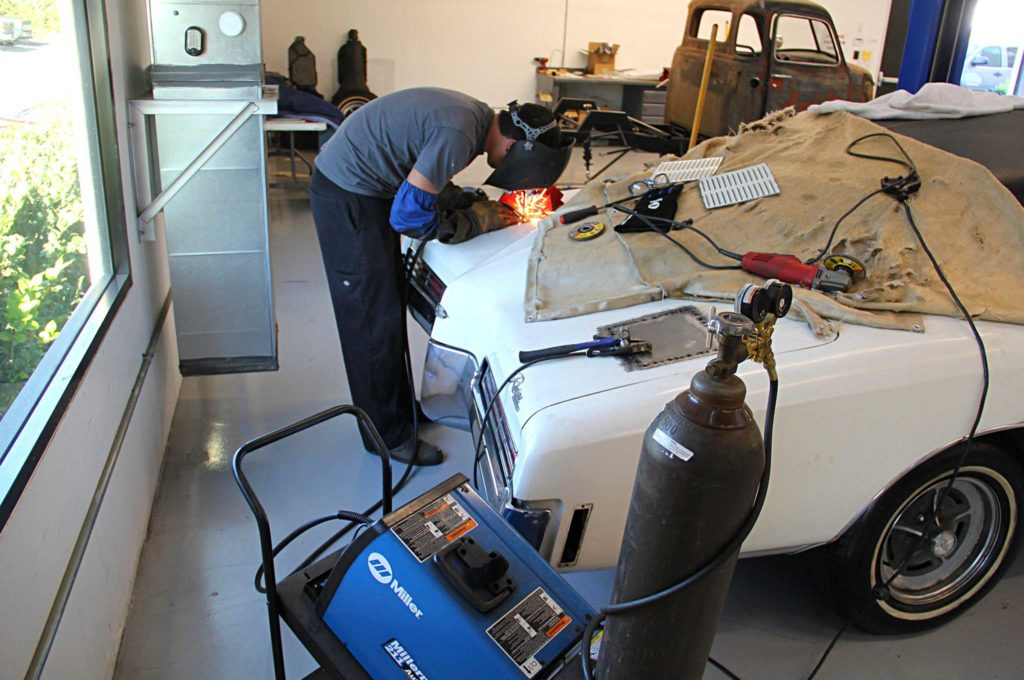 refining the fine lines of project riviera boat tail trunklid patch welding