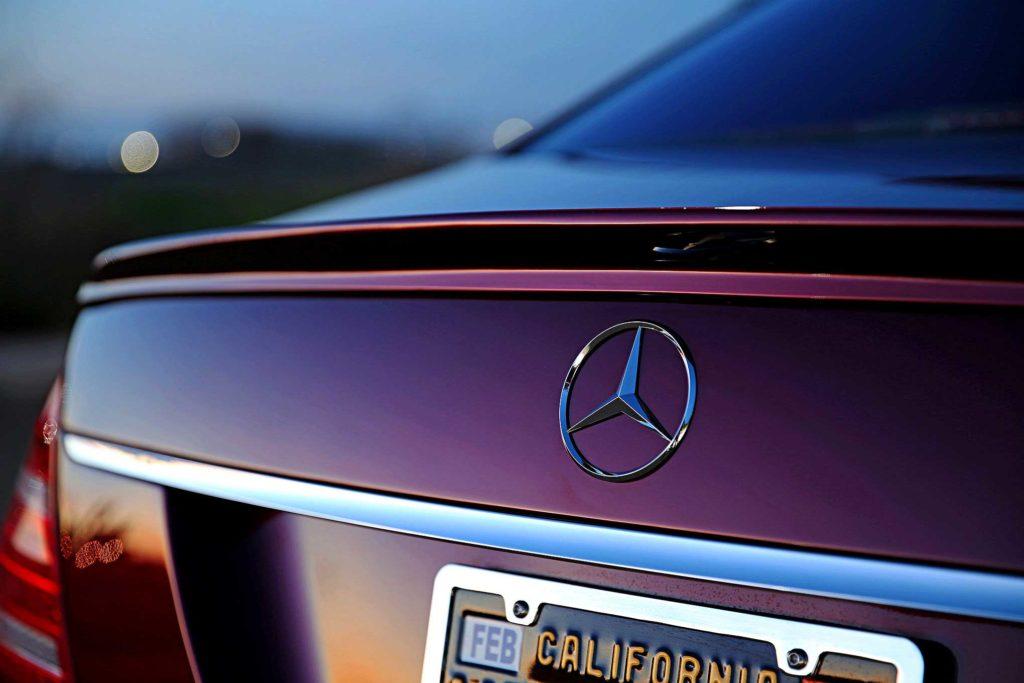 2009 Mercedes S550 trunk emblem
