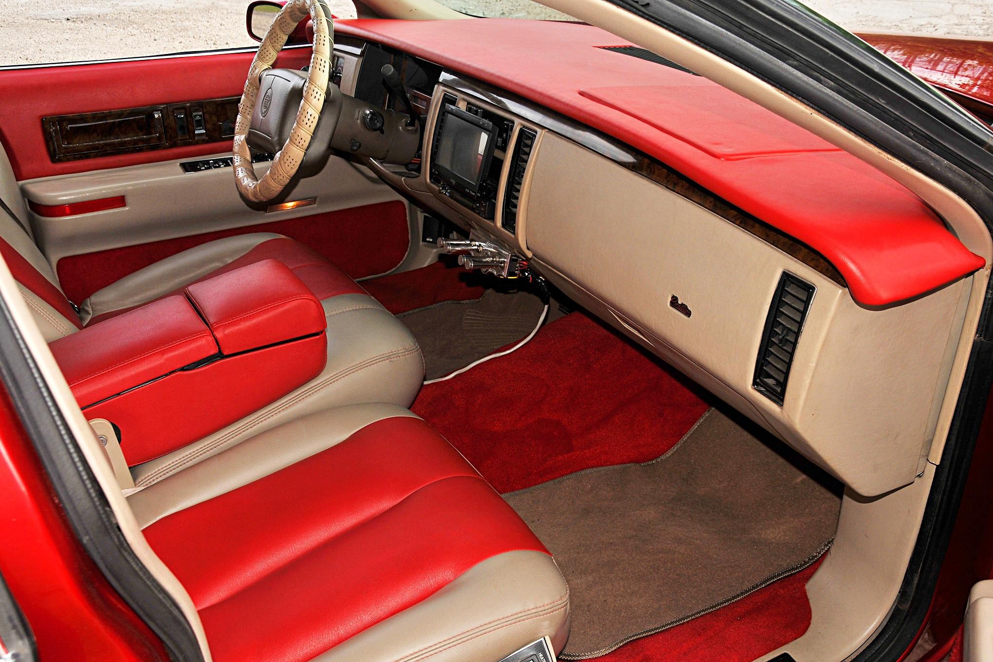1994 Cadillac Fleetwood Interior