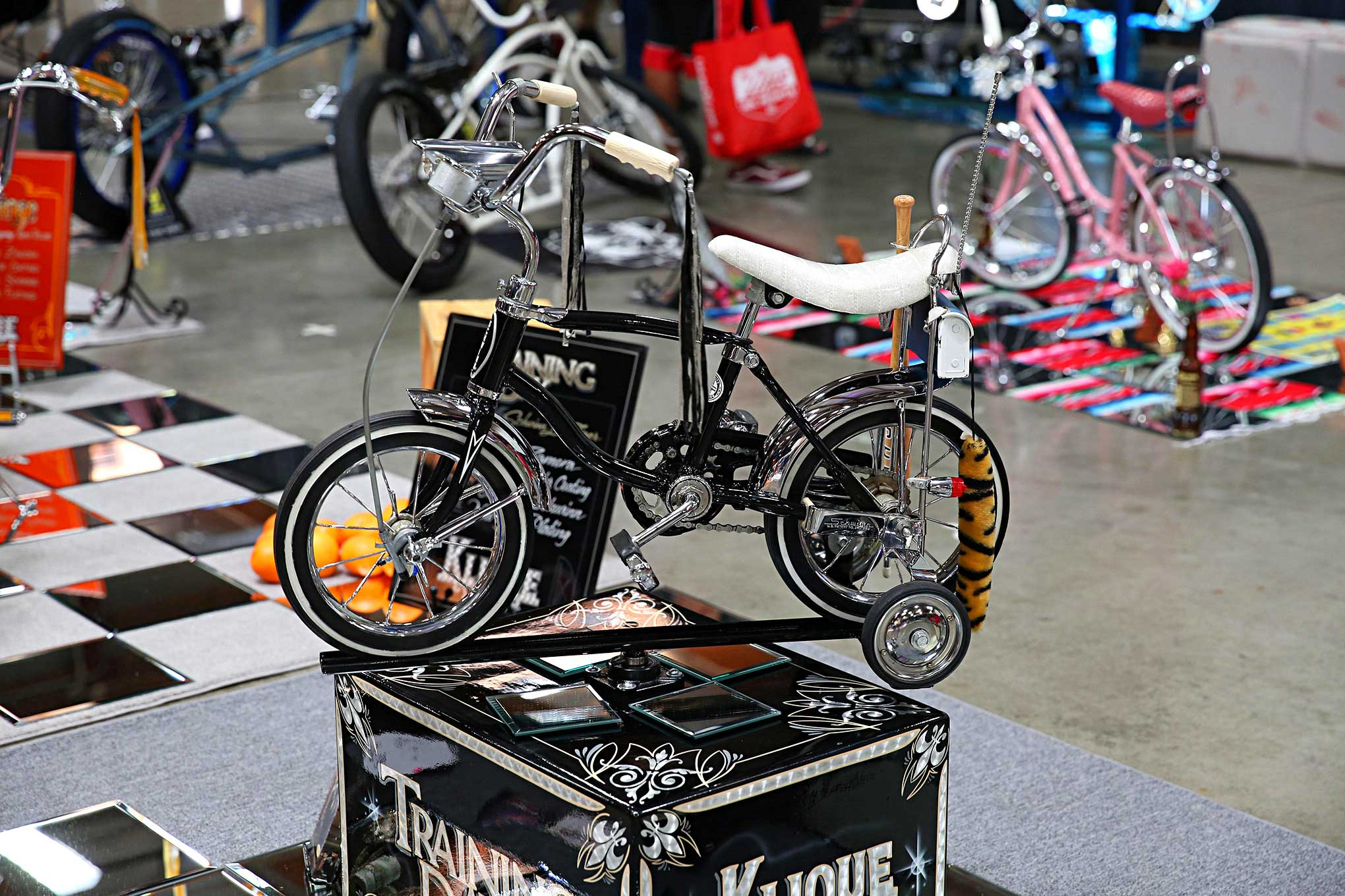 77b65325039 2018 Lowrider Bike And Model Car Show Schwinn Lil Tiger - Lowrider