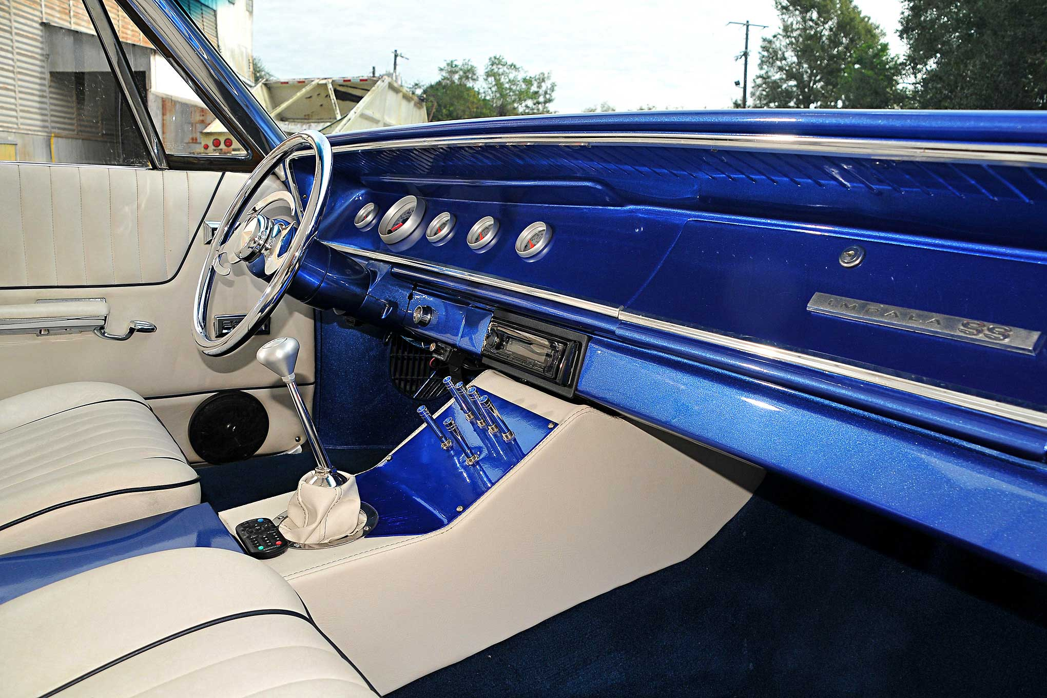 1965 Chevy Impala SS Hardtop - Change of Plans