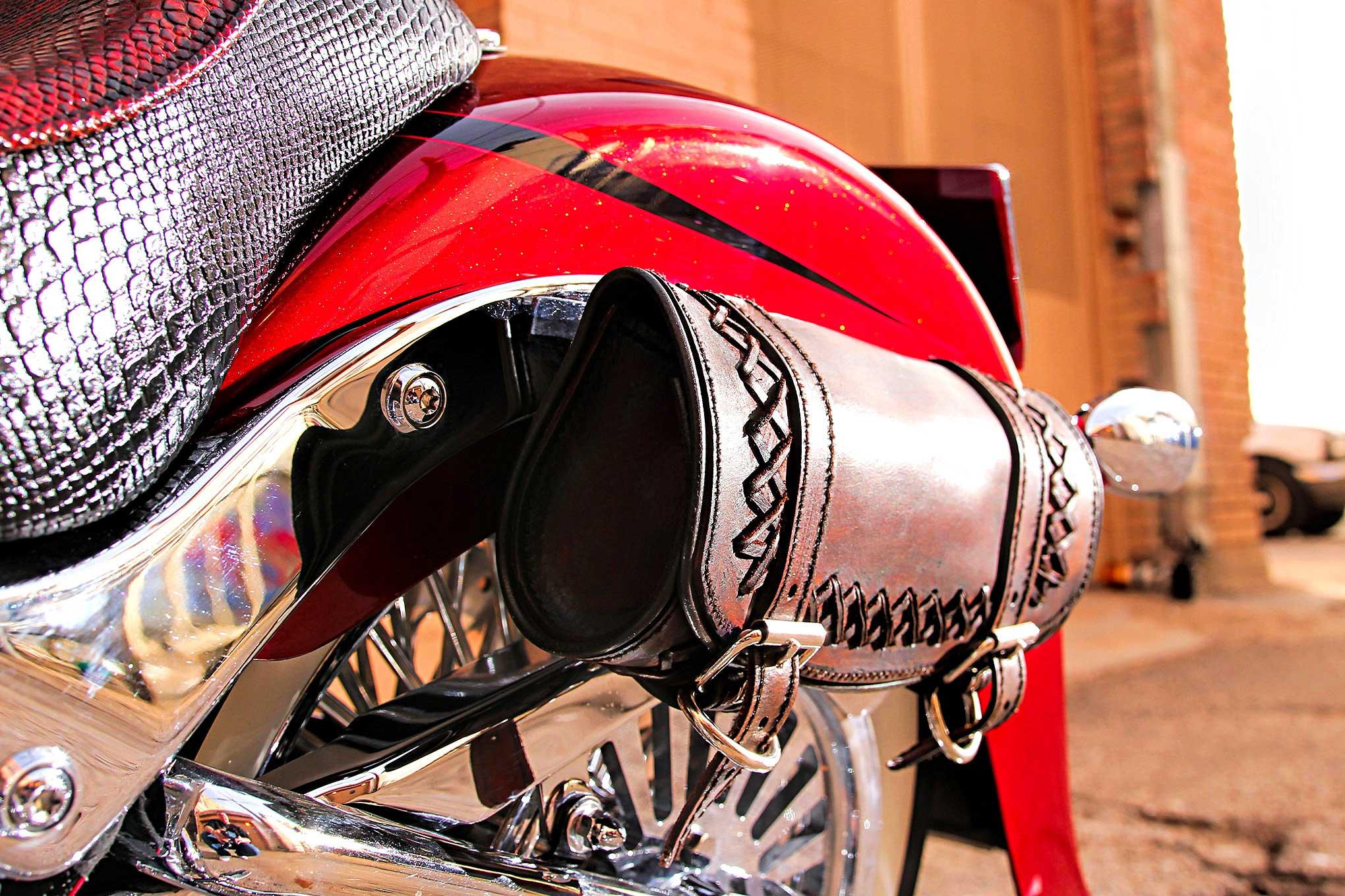 2009 Harley Davidson Fatboy Saddlebag - Lowrider
